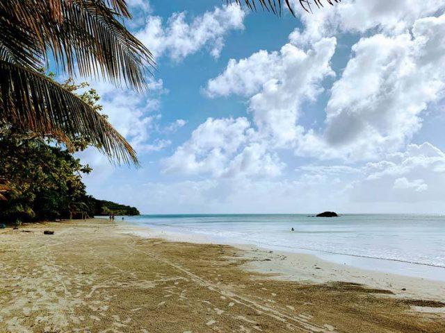 south-west-bay-beach-view-providencia