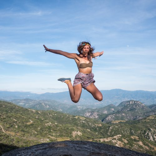 Oaxaca Hierve el Agua jumping mountains
