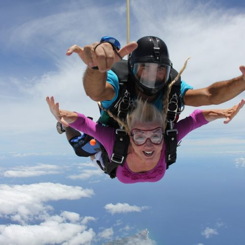 Skydiving-Hawaii_patti-morrow_luggageandlipstick.com