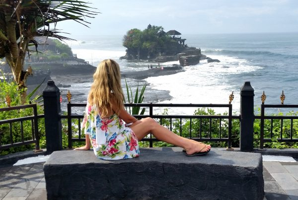 Nicole Leigh West Tanah Lot Bali-min